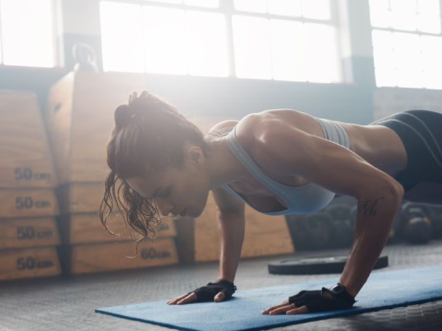 girl working out shutterstock_439173466